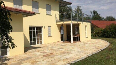 terrassenreinigung - terrassenplatten reinigen und konservieren durch imprägnieren versiegeln