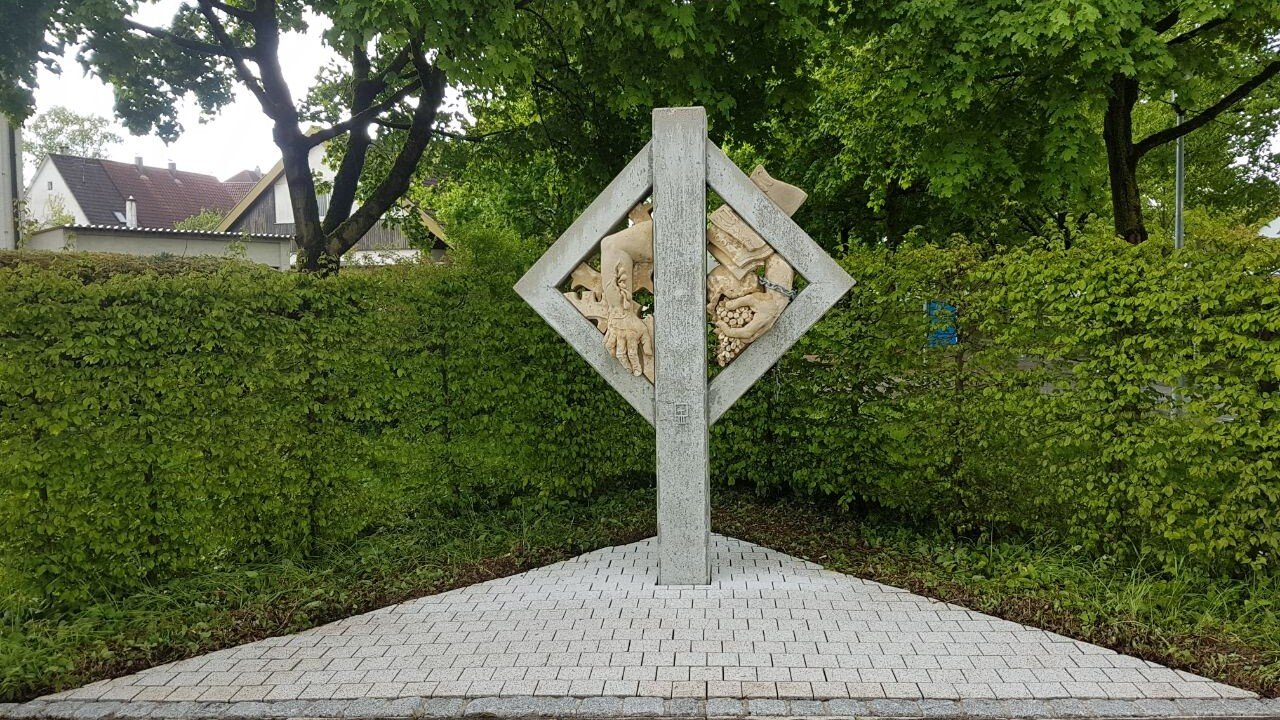Denkmal gereinigt Saro Ulm
